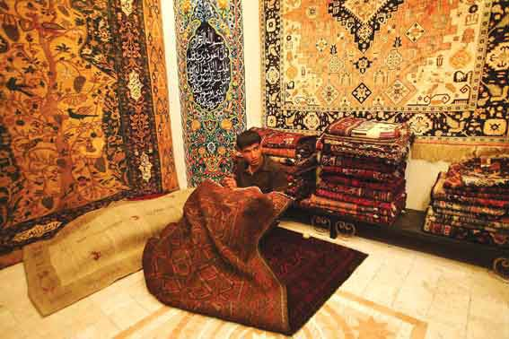 Tabriz Rugs: A shop in Tabriz Carpet Market Photo IRNA